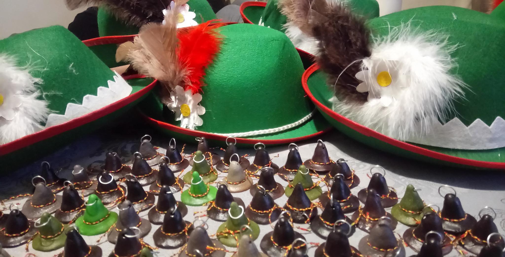 Bawarskie kapelusze - przygotowania do Dnia Otwartego